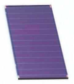 CELSA-12-072-032 Cellule solaire Si amorphe - 72x32mm, 12 bdes, 1,8mm 10mA/6,8V@1kW/m²